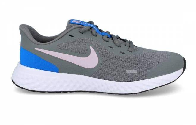 Nike - Zapatilla Running Revolution 5 (GS) Gris