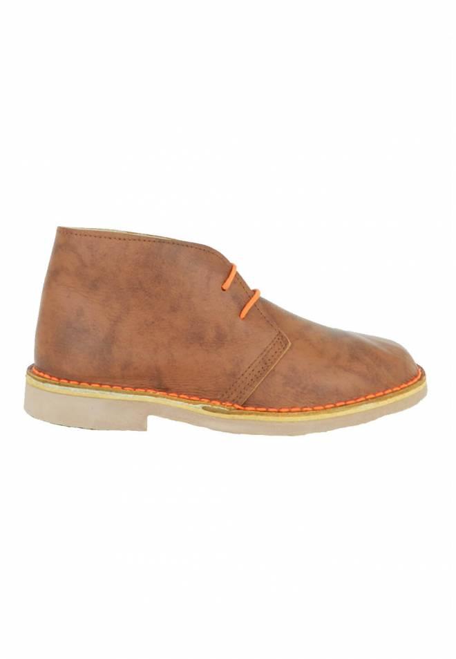 botas-pisamierdas-piel-color-cuero-zapattu